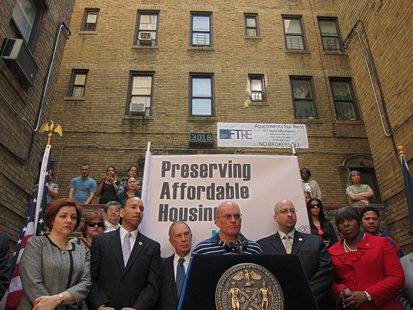 """Foreclosed Bronx Buildings Have New Owner"": WNYC News Blog"